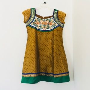 Dresses & Skirts - Vintage Folk Dress